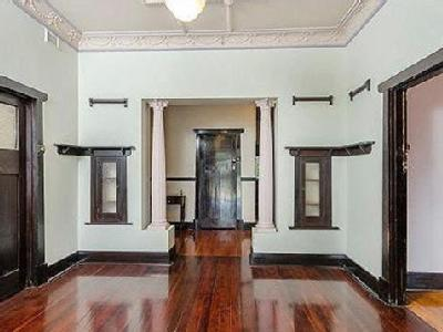 House to buy 3 Fenden Road - Air Con