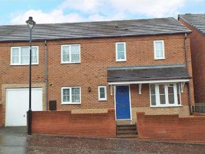 Whitebeam Way, Nuneaton, CV10
