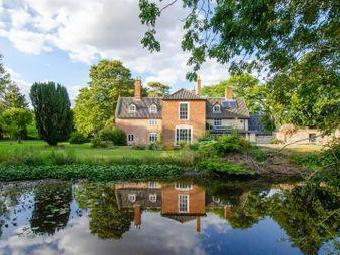 House for sale, Wilby - Detached