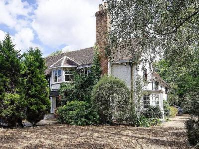 House for sale, Woodhall Road